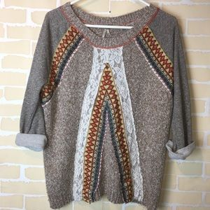 Bke lace detail sweater size medium